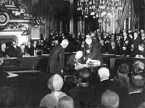 켈로그 브리앙 조약