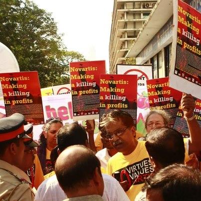 2012.9.18: 인도대법원, 노바티스소송에 대한 최종변론 시작(사진=정보공유연대)