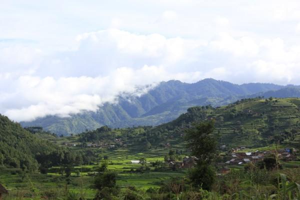 치뜨랑 마을전경(사진-송기호)