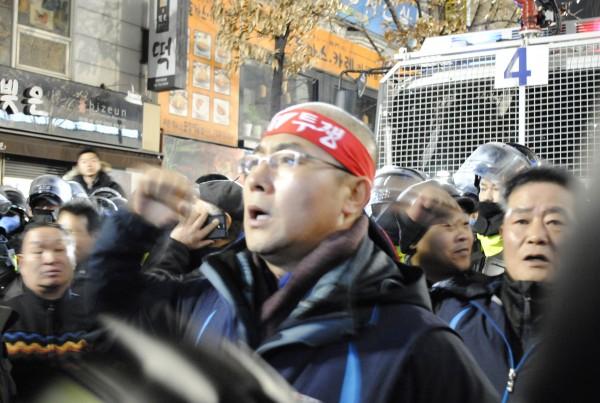 정리집회에서 발언하는 신승철 위원장(사진=최복준)