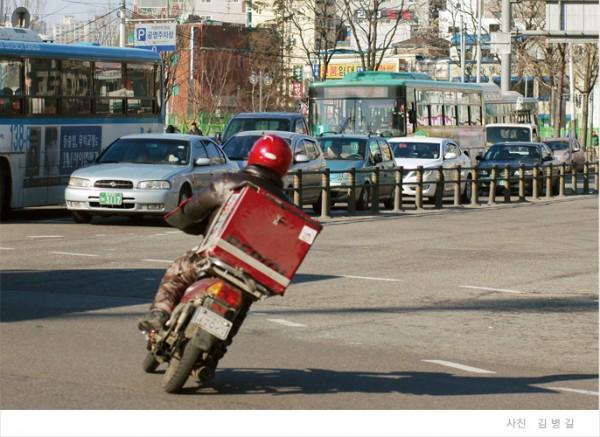 택배 기사의 모습(사진=비정규직노동센터)