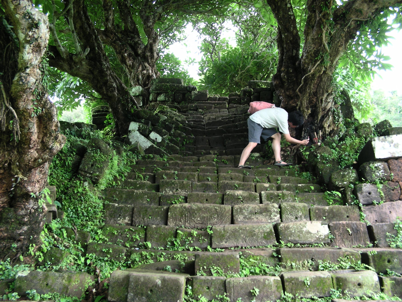 짬빠싹 왓푸 계단
