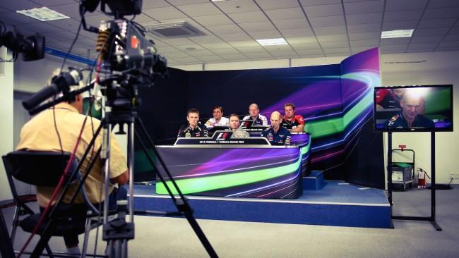 [ F1 프레스 컨퍼런스에 참가한 각 팀의 주요 엔지니어들 ]