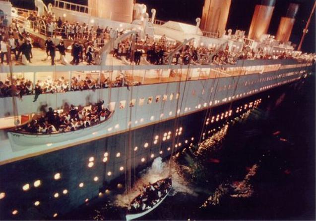 타이타닉 침몰